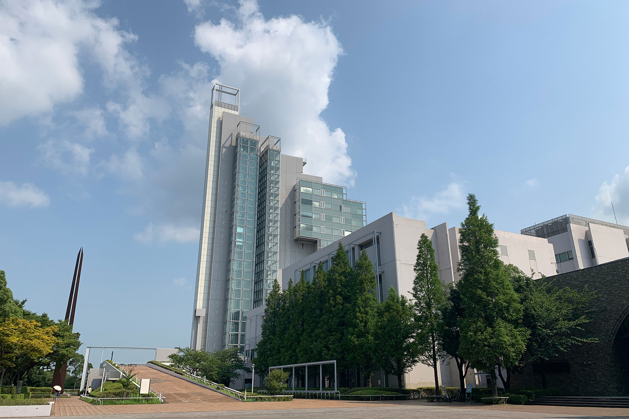 北方キャンパス本館