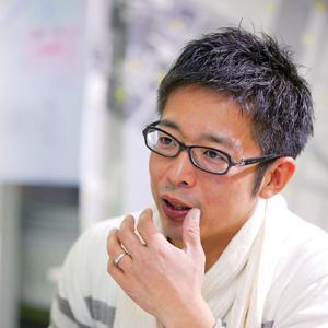 片岡寛之教授写真