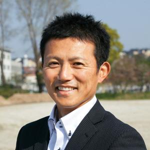 山本浩二准教授写真